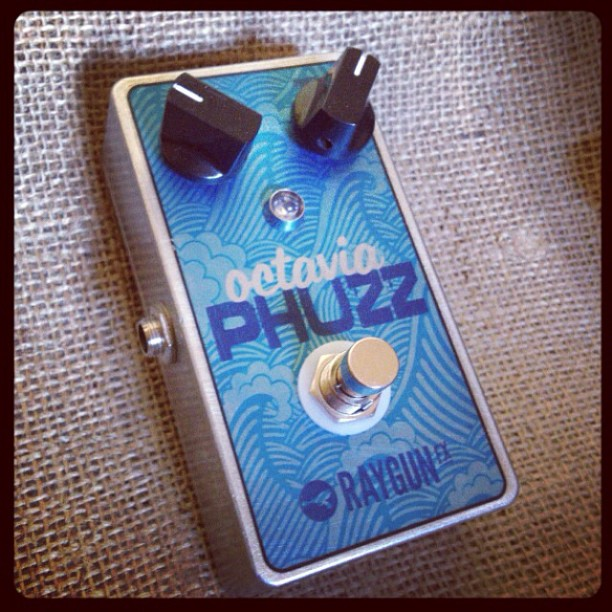 After_a_few_months_of_tweaking__I_have_the_Octavia_Phuzz_done__It_s_a_Hendrixy_style_fuzz_ideal_for_one_note_riffs_and_solos._Think_Purple_haze._Think_Dinosaur_Jr__-_super_fuzzy_with_a_slight_clean_octave_harmonic_breaking_up_with_the_fuzz._Nasty___f