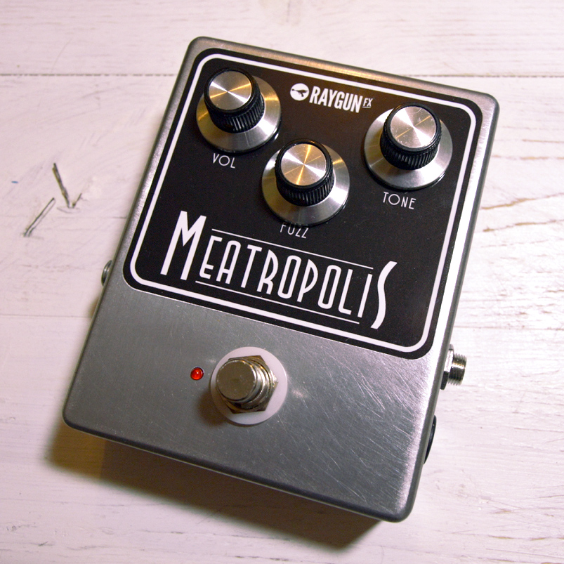 raygun fx meatropolis fuzz pedal brand new hand made fx pedal uk guitar bass ebay. Black Bedroom Furniture Sets. Home Design Ideas
